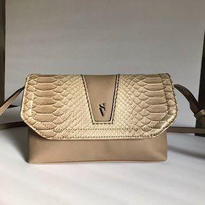 🎈Simply Vera Vera Wang Snake Crossbody Bag